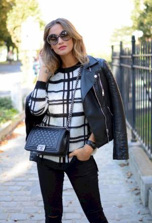 WINDOWPANE SWEATER Image
